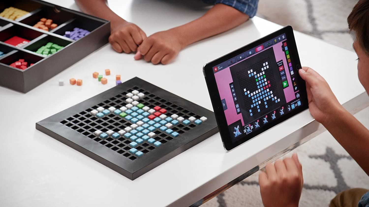 Bloxels Build Your Own Video G...