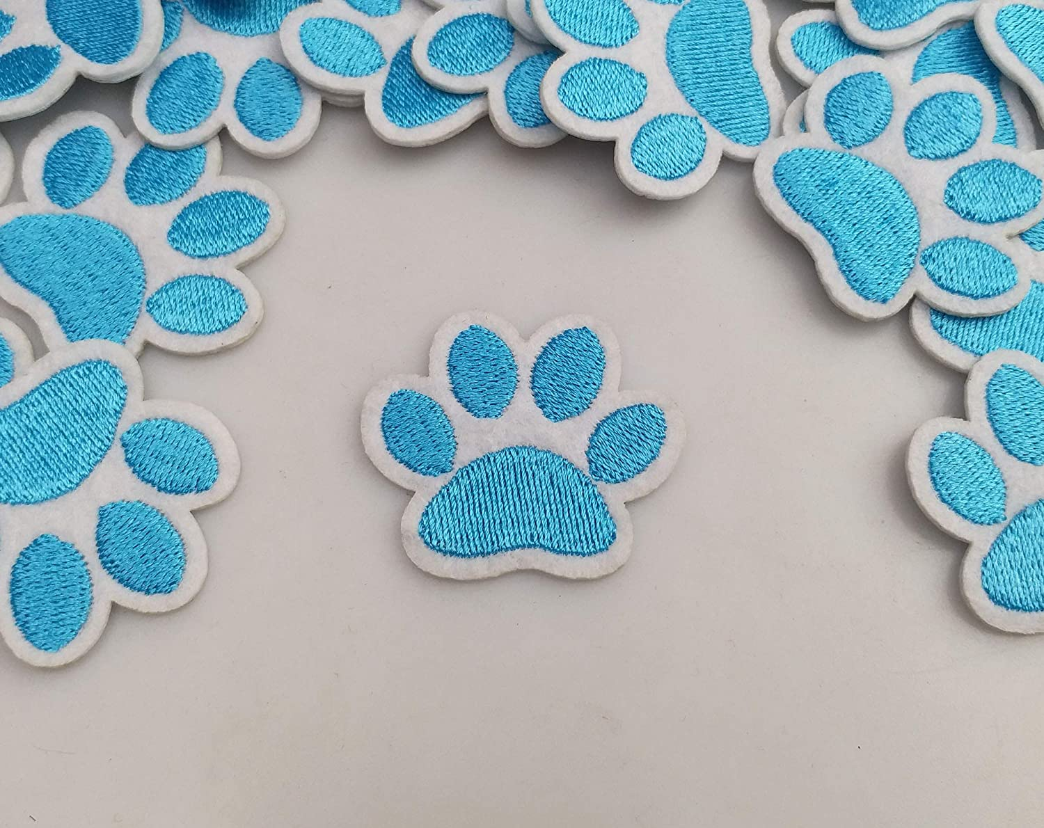 1.6x1.3 20pcs Dog Paw Puppy Blue Paw Iron On Embroidered Patches Appliques Machine Embroidery Needlecraft Sewing Clothes