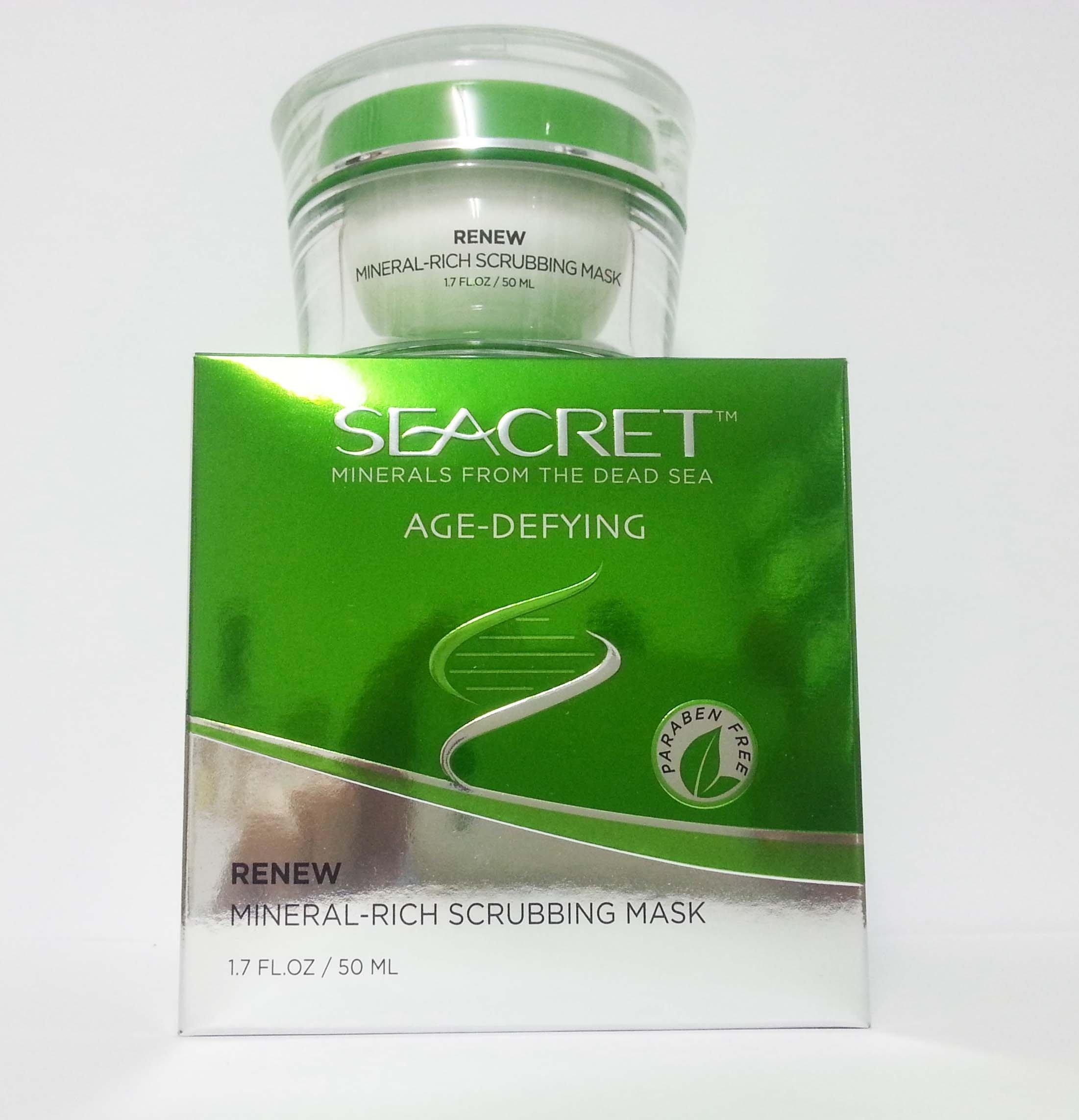 Seacret Renew Mineral-Rich Scrubbing Mask