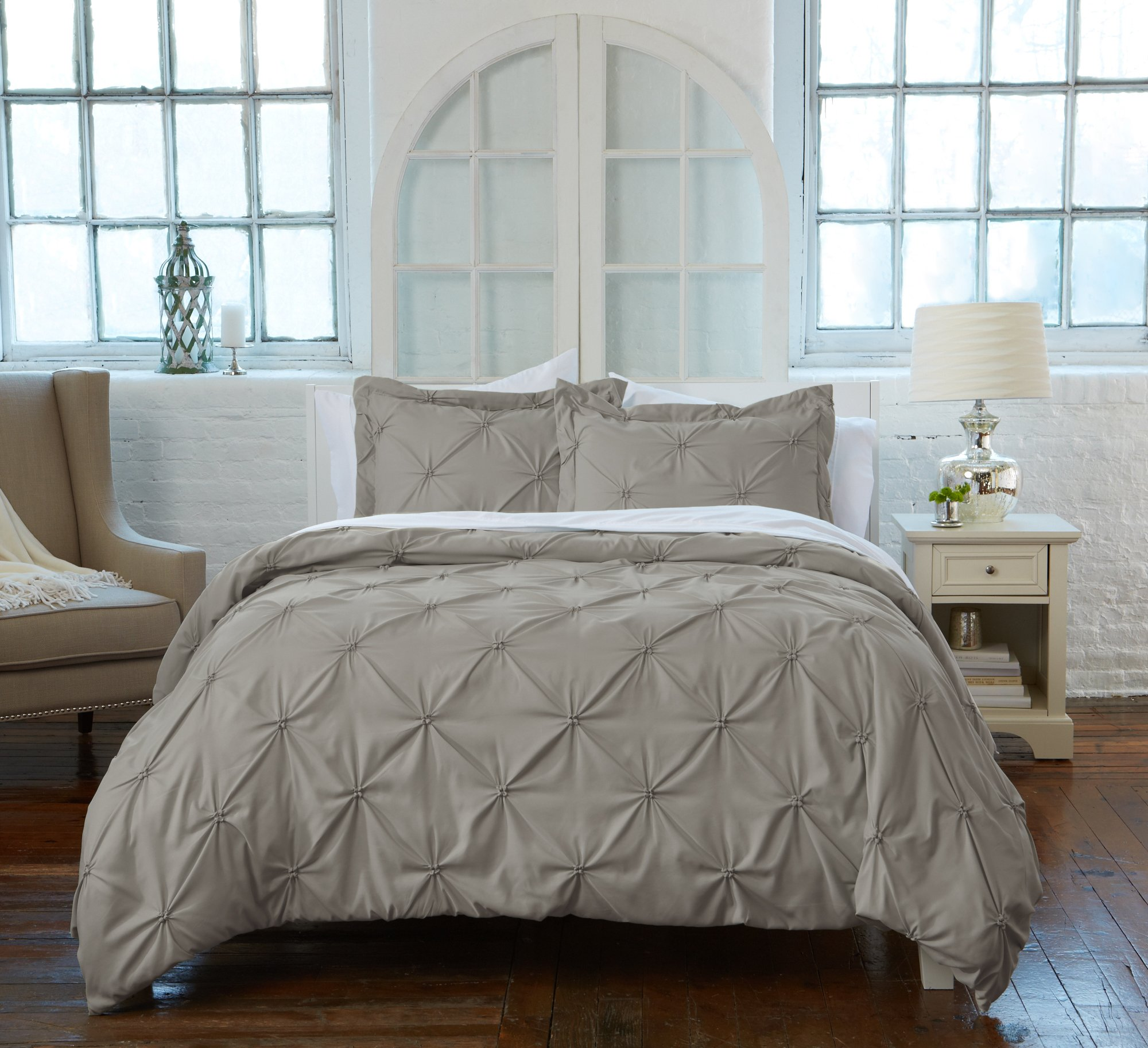 Great Bay Home Signature Pinch Pleated Pintuck Duvet Cover with Button Closure. Luxuriously Soft 100% Brushed Microfiber with Textured Pintuck Pleats and Corner Ties. By (Full/Queen, Stone Grey)