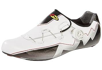 Northwave Escarpines Extreme Aero Blanco/Negro EU 42: Amazon.es: Zapatos y complementos