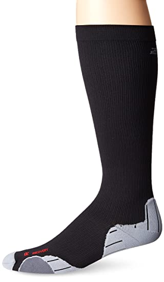 c3e71b71fe Amazon.com: 2XU Men's Recovery Compression Socks: Clothing
