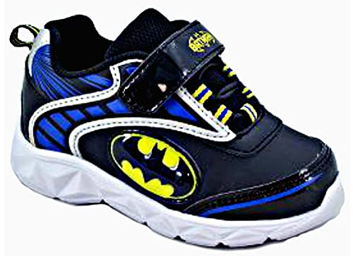 4f321318e160 Favorite Characters DC Comics Boys Batman Lighted Athletic Shoes (Toddler  Little Kid) Black Blue  Amazon.ca  Shoes   Handbags