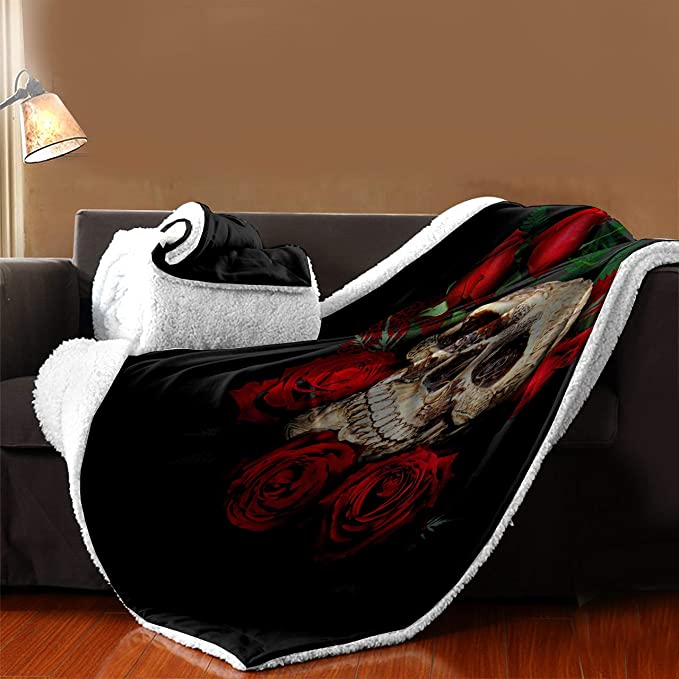 95c73fbef9027 Amazon.com: WCHUANG Black Skull Plush Throw Blanket for Adults ...