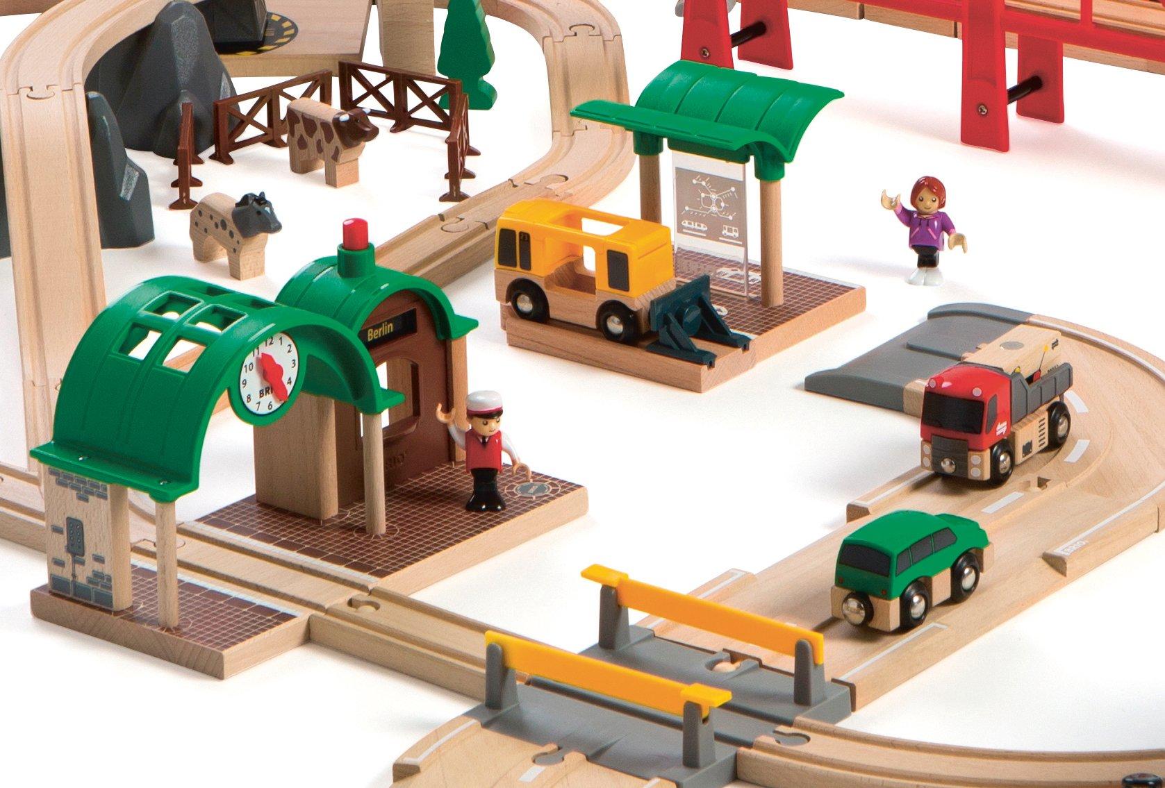 BRIO Railway World Deluxe Set by Brio (Image #4)