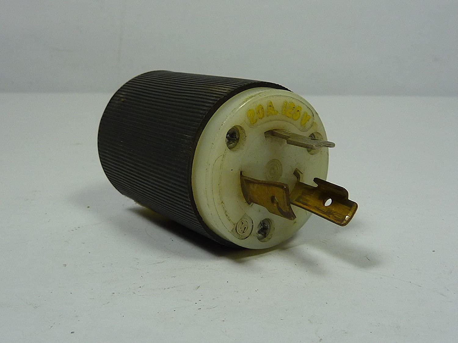 Hubbell Hbl2311 Locking Plug 20 Amp 125v L5 20p Black And White 3 Way Switch Wiring Electric Plugs Industrial Scientific