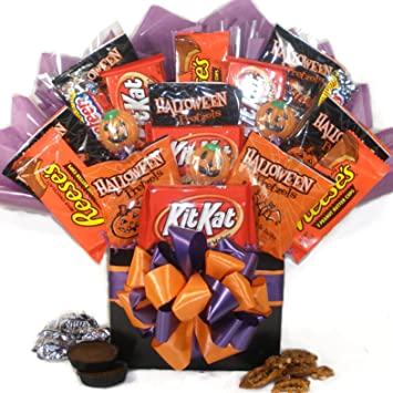 Delight Expressions Happy Haunting Halloween Gift Box - Chocolate and Candy Bouquet - Gift Basket Idea  sc 1 st  Amazon.com & Amazon.com : Delight Expressions Happy Haunting Halloween Gift Box ...