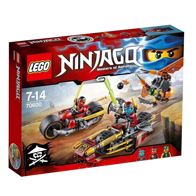 Lego Ninjago - Playset Persecución en la Moto Ninja, Multicolor (70600)