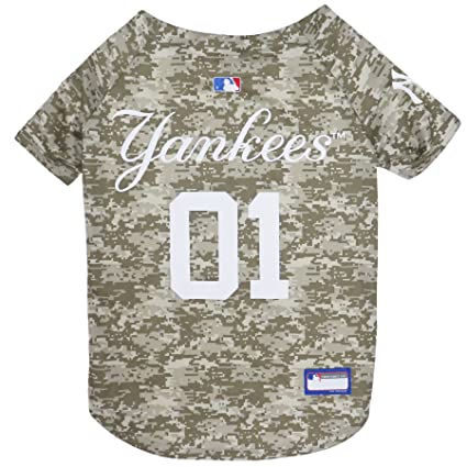 Amazon.com   MLB Camo Jersey for Dogs - New York Yankees Hunting ... 6398c4129