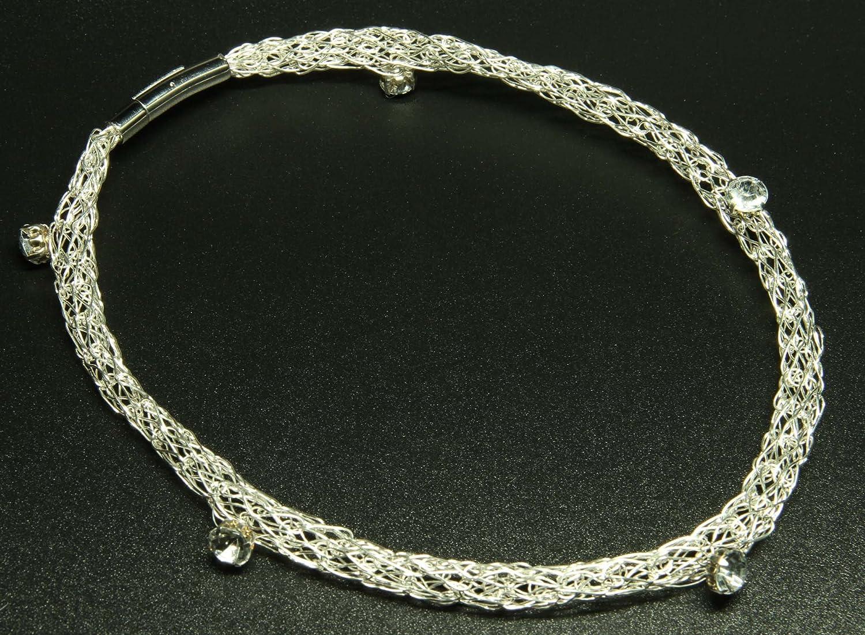 Silberdraht-Kette mit eingearbeiteten großen Kristallen
