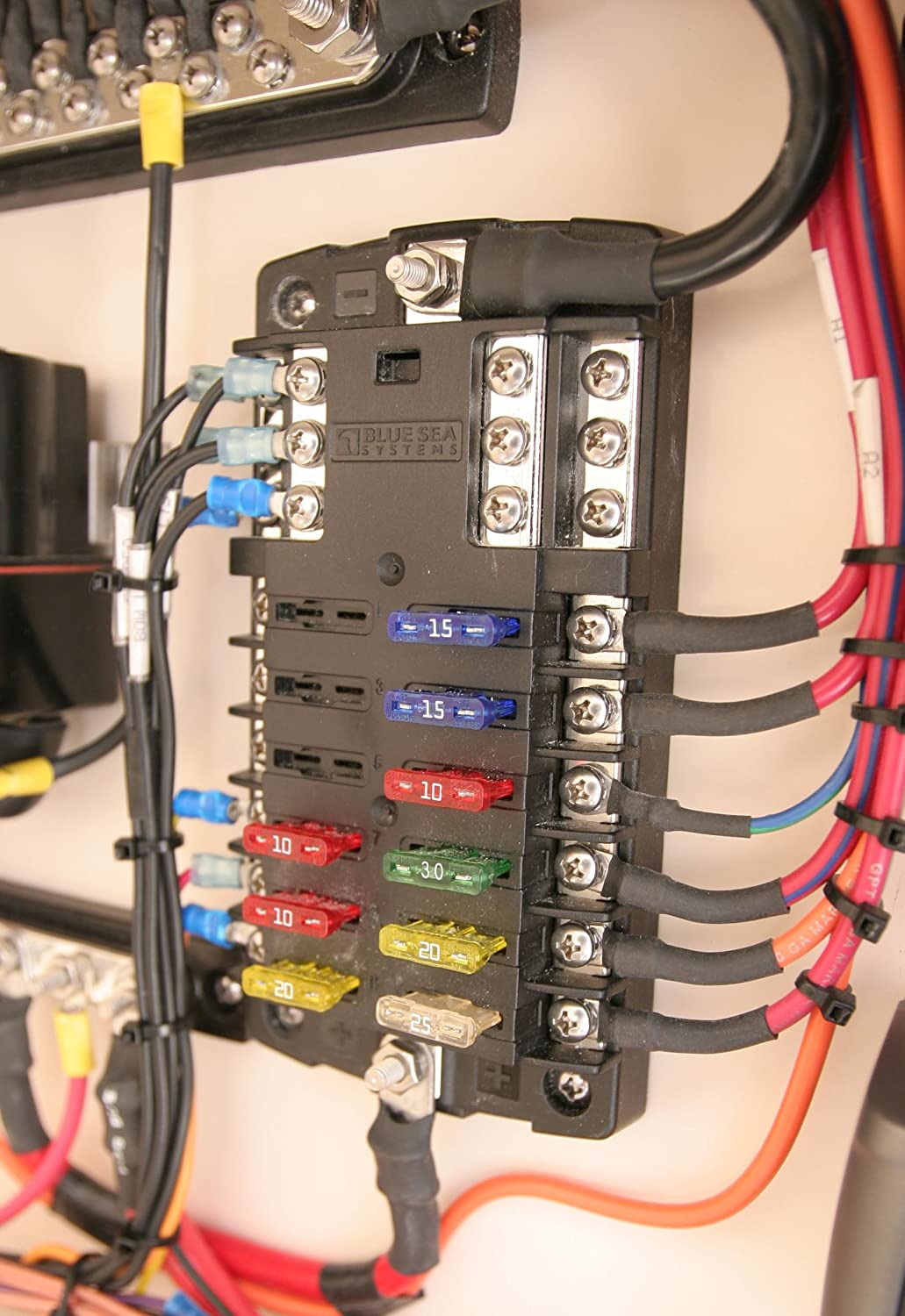 Amazon.com : Blue Sea Systems ST Blade Fuse Block - 12 Circuits with  Negative Bus & Cover : Fuse Block With Relay : Sports & OutdoorsAmazon.com