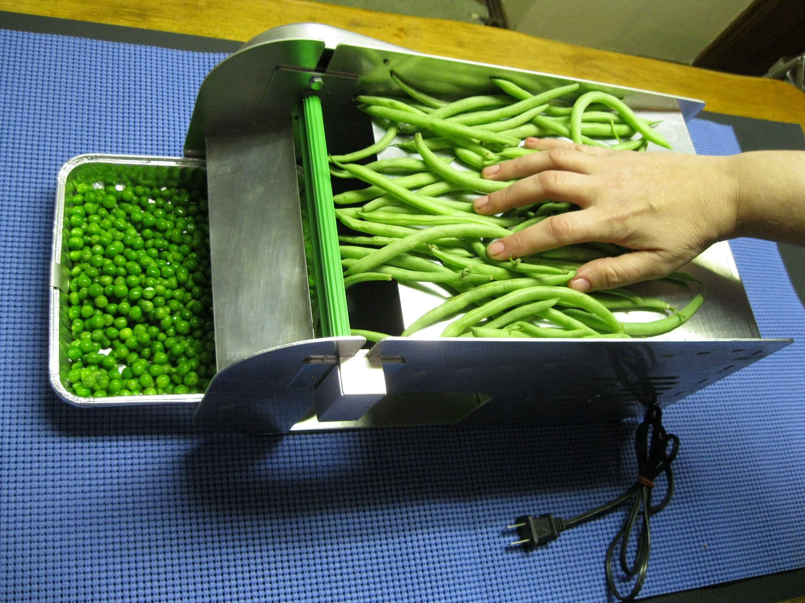 Electric Mr. Pea Sheller