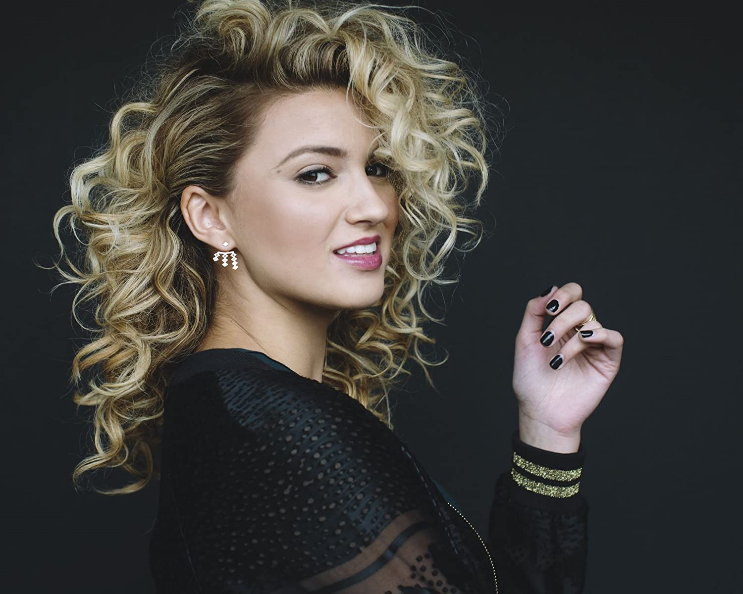 Tori Kelly 8 x 10/8x10 GLOSSY Photo Picture