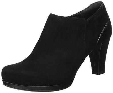 dde7c6ba17d Clarks Women's Chorus True Ankle Boots