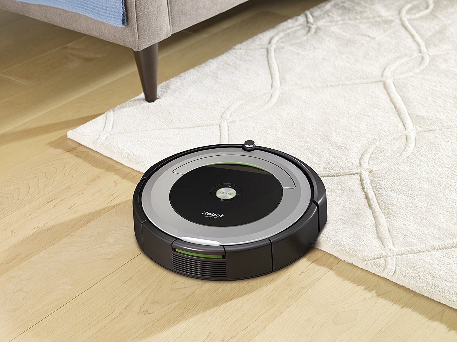 iRobot Roomba 690 Wi-Fi Connected Robotic Vacuum Cleaner + 1 Dual Mode Virtual Wall Barrier (With Batteries) + Extra Filter + More by iRobot (Image #4)