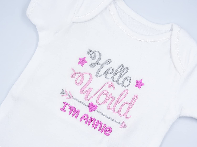 Gift,Baby Shower. New Baby Unisex Personalised Surname Bodysuit  /& Hat Set