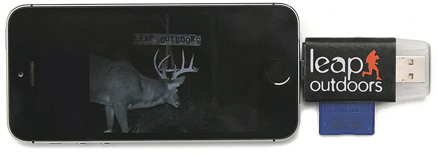 Leap Outdoors Trail or Game Camera Viewer SD Card Reader for Apple iPhone or iPad | Works with Cases | Reads SD, SDHC, and Micro SD Cards [並行輸入品] B01MSX6PMX