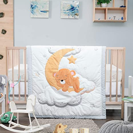 Unisex Nursery Includes Crib Comforter, Fitted Sheet, Adjustable Crib Skirt 100/% Cotton Dreaming Bear 3 Piece Designer Crib Bedding Set for Baby Boys and Girls