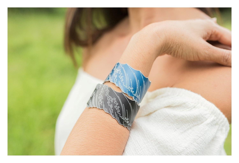 Vela Vela Maui Blue Wave Hookipa Engraved Wood Block Print Cuff Small
