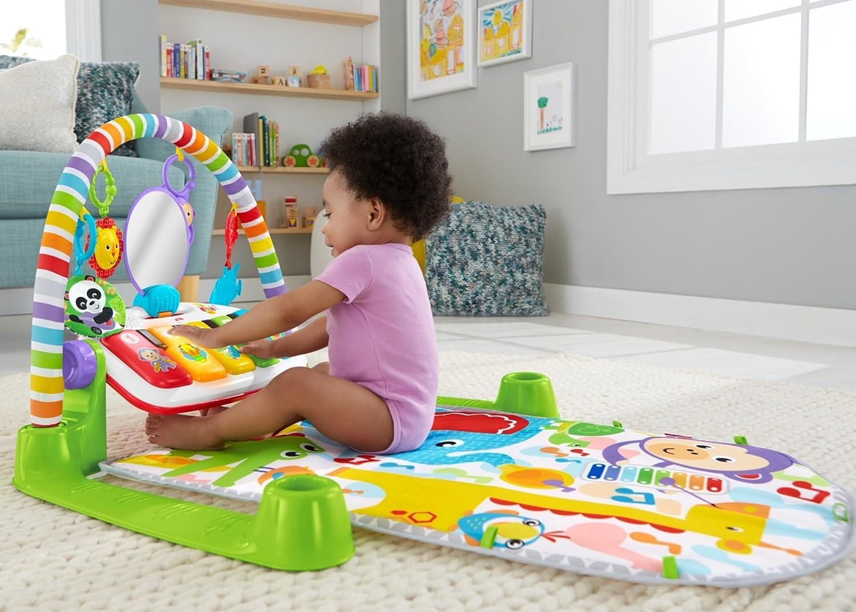 0f95baae93e Amazon.com   Fisher-Price Deluxe Kick  n Play Piano Gym   Baby