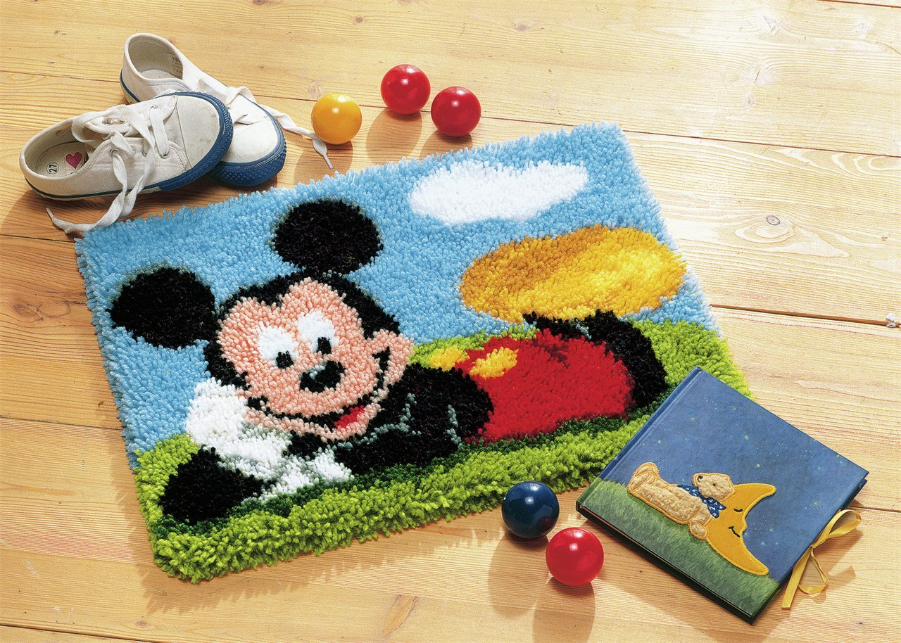 Disney's Mickey Mouse Rug Latch Hook Kit PN-0014720