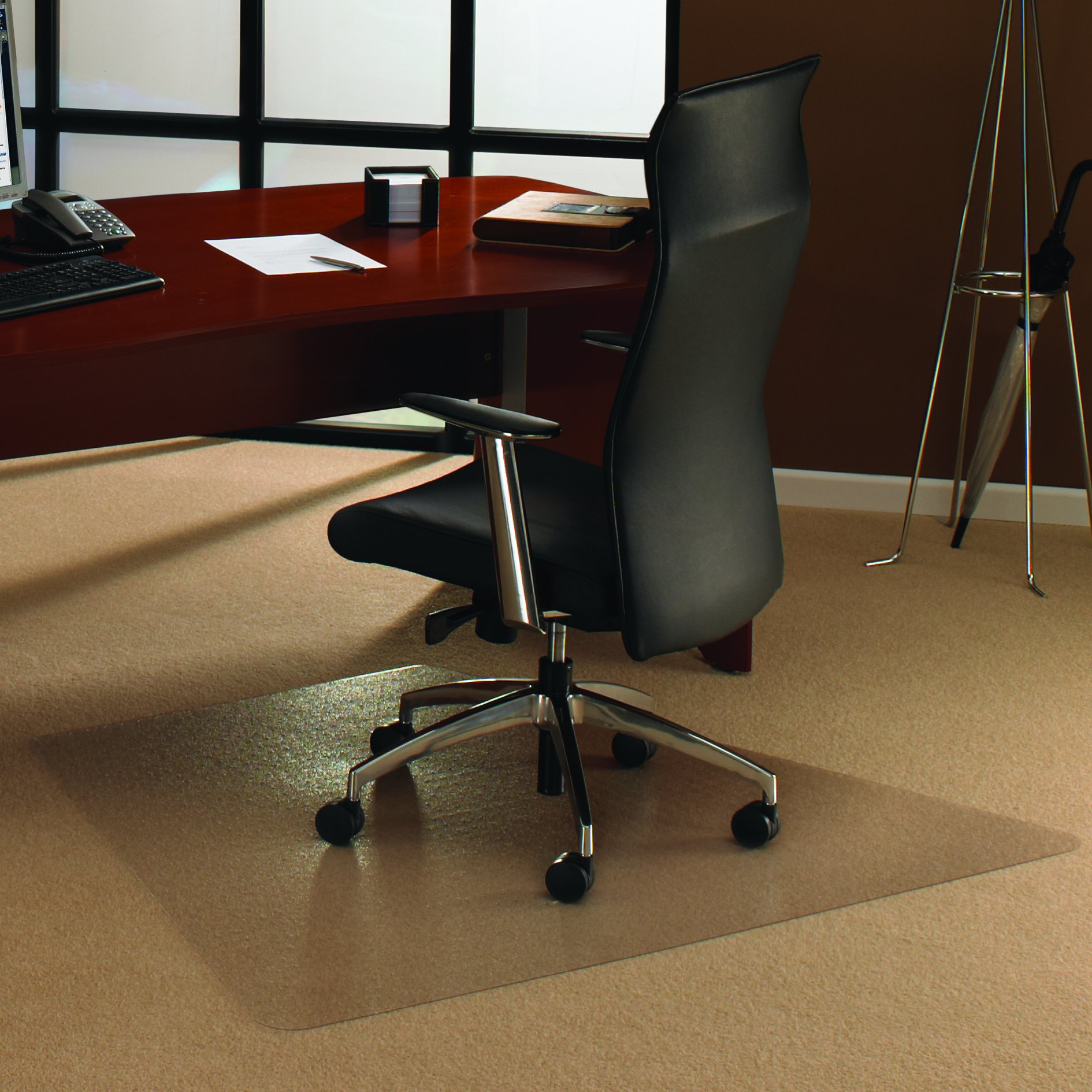 Floortex Ultimate Polycarbonate Chair Mat for Carpets to 1/2'', 59''x47'', Corner Workstation, Clear (FC1115023TR)