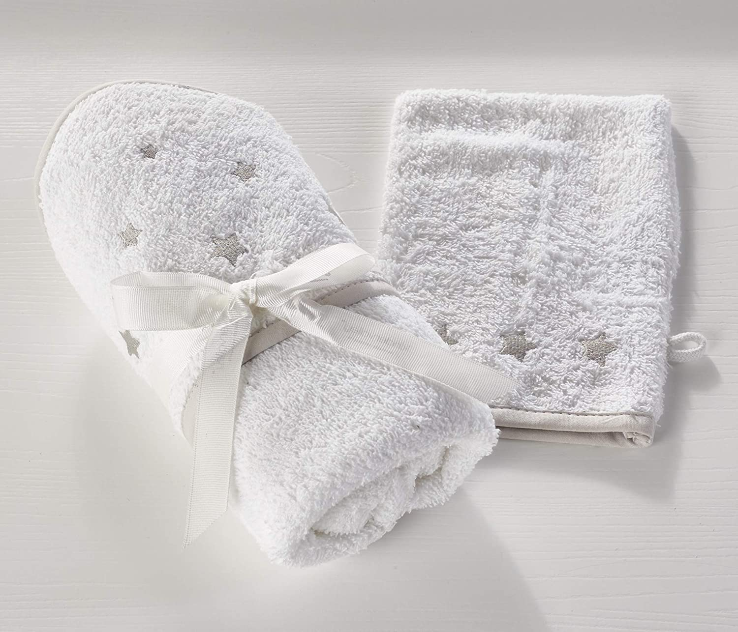 Kinder Valley Hooded Towel and Wash Mitt Stars