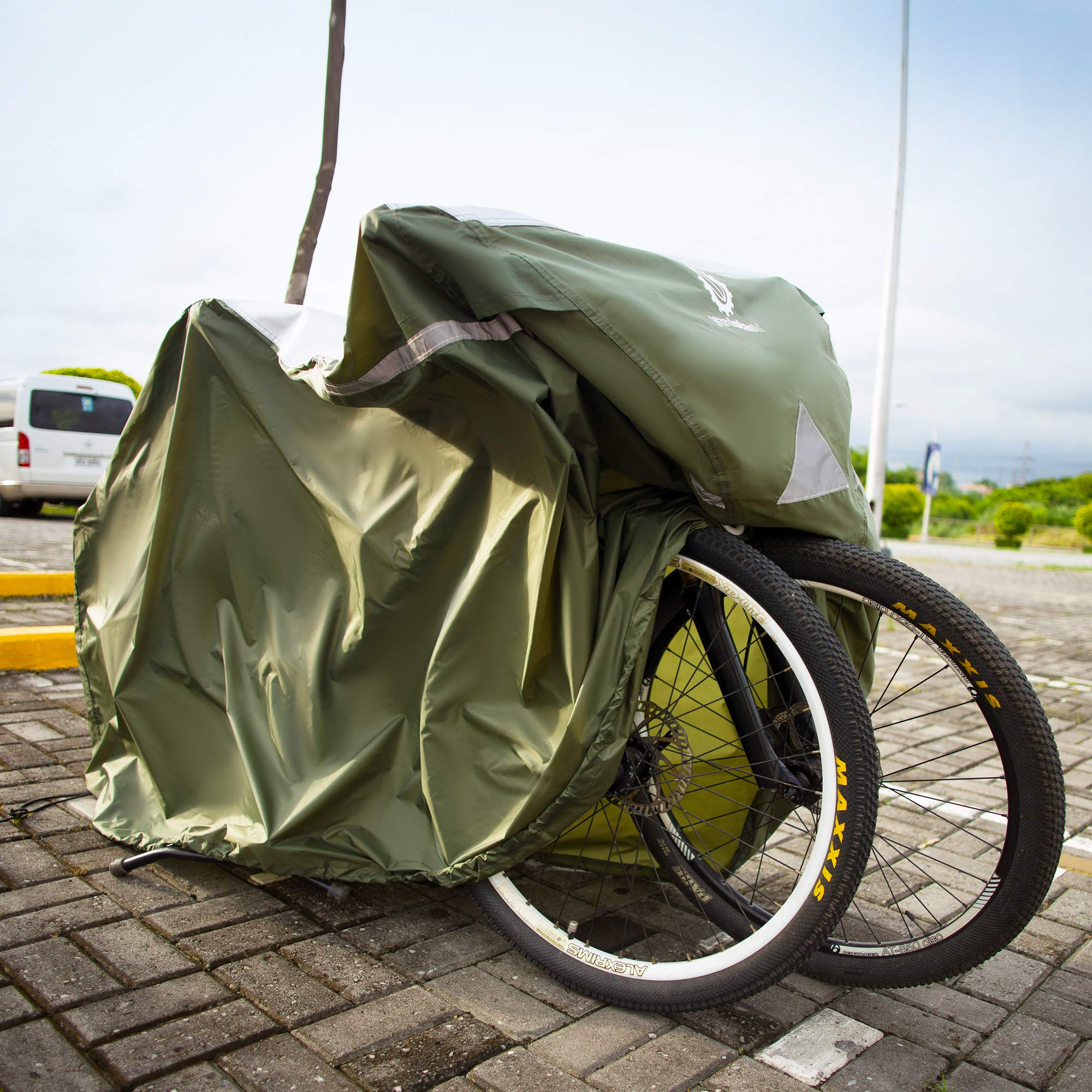 YardStash Bicycle Cover XL: Extra Large Size for Beach Cruiser Cover, 29er Mountain Bike Cover, Electric Bike Cover, Multiple Kids' Bike Cover and Cover for Bikes with Baskets, Child Seats or Racks by YardStash (Image #4)