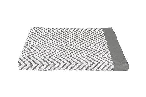 7702e84125ca7 Luxuriously Oversized Bleach Safe Beach Towel Chevron Design ...