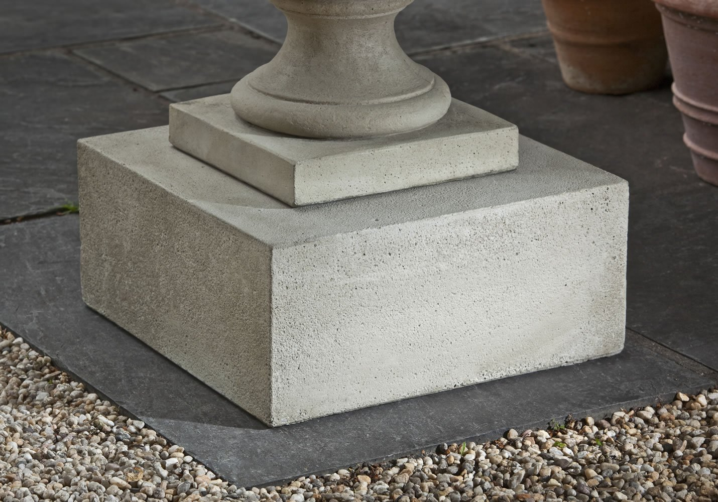 Campania International PD-173-VE Textured Square Pedestal, Low, Verde Finish