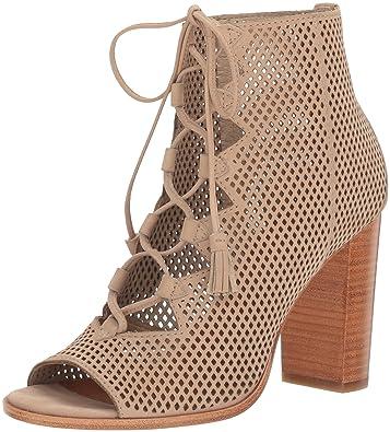 b6a4a72929e Amazon.com  FRYE Women s Gabby Perf Ghillie Dress Sandal  Shoes