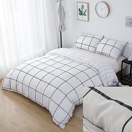 Checkered Bed Sheets