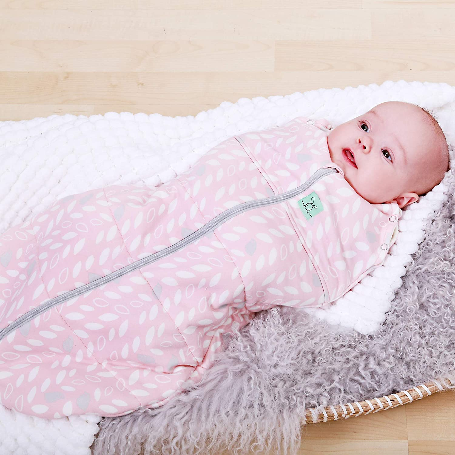 2 Way Zipper for Easy Diaper Changes Spring Leaves, 2.5 Tog 3-12M 2 in 1 Swaddle Transitions into arms Free Wearable Blanket Sleeping Bag ergoPouch tog Cocoon Swaddle Bag