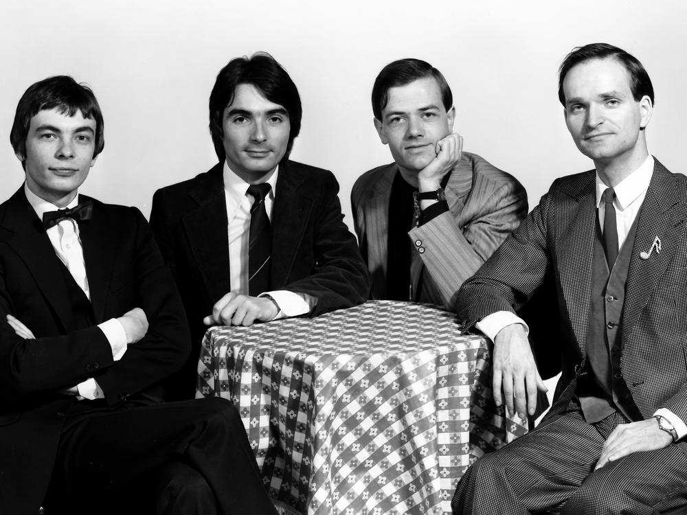 Kraftwerk On Amazon Music