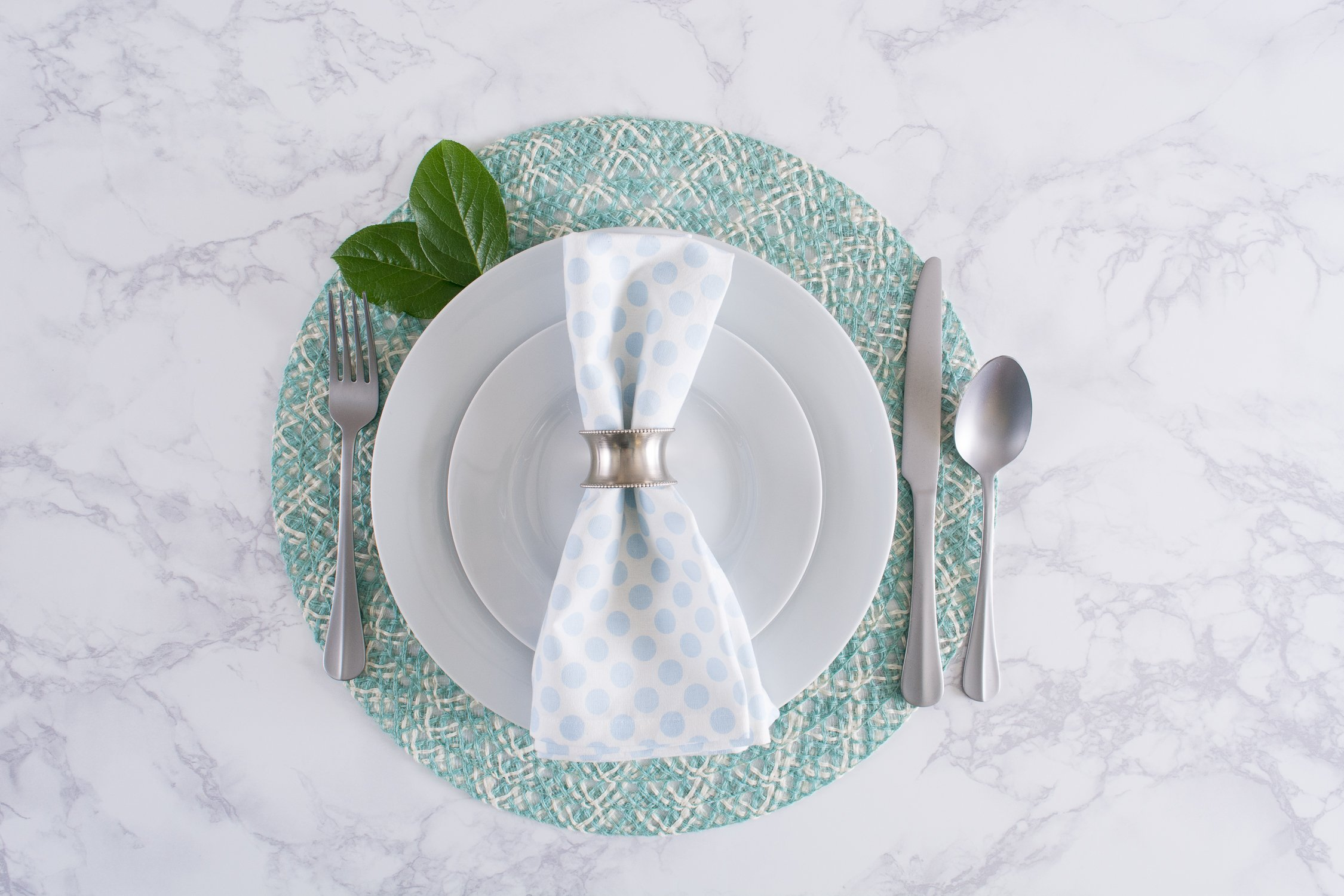 DII Round Woven, Indoor & Outdoor Braided Placemat or Charger, Set of 6, Garden Spa by DII (Image #3)