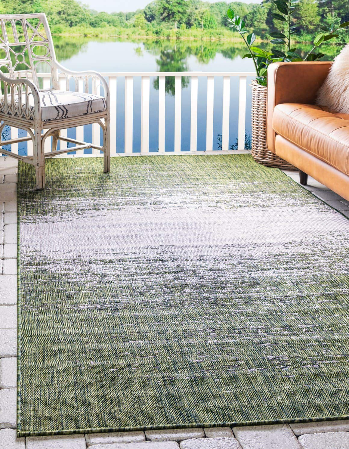 Unique Loom Outdoor Modern Collection Distressed Gradient Transitional Indoor and Outdoor Flatweave Green Area Rug 6 0 x 9 0