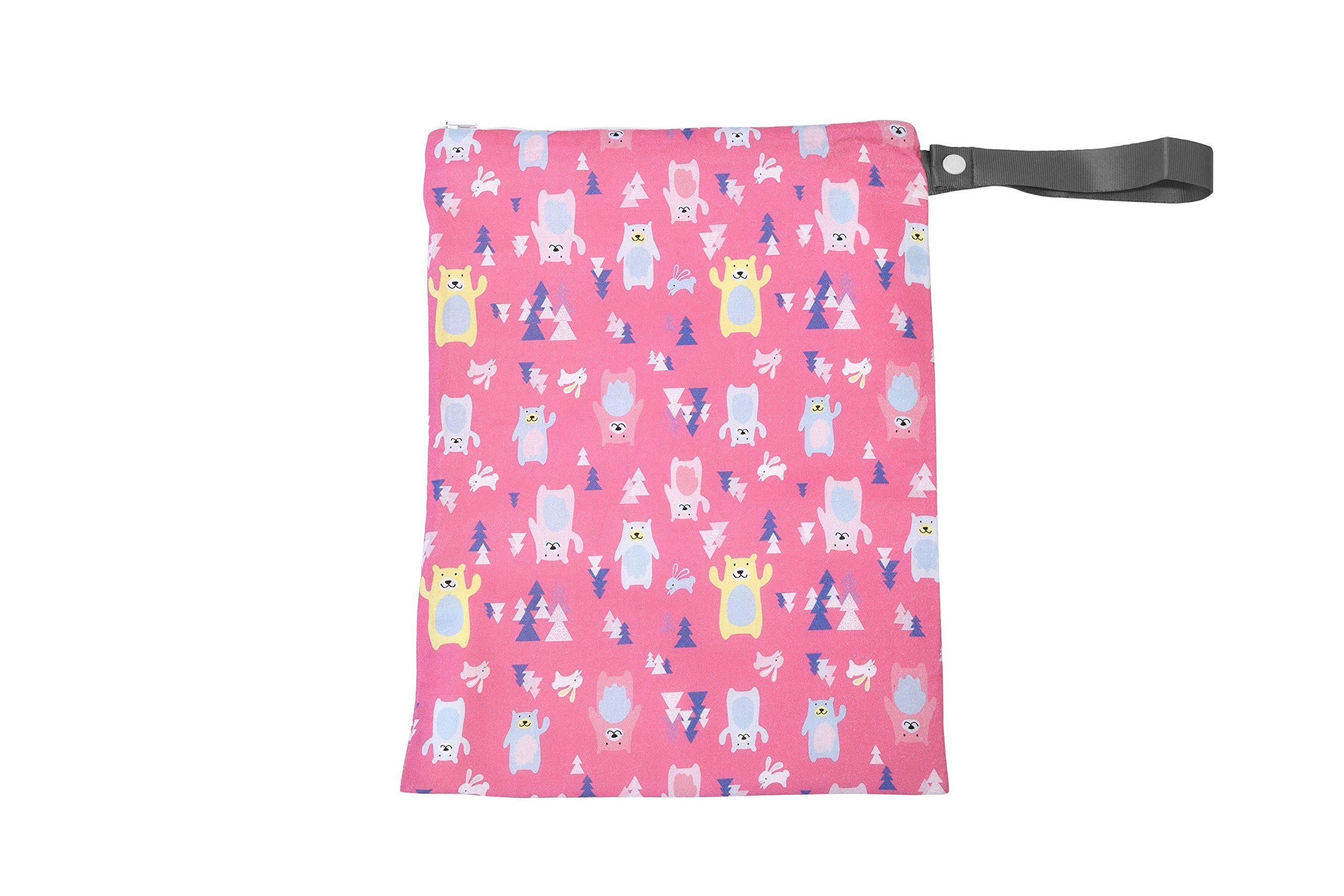 """Itzy Ritzy Sealed Wet Bag with Adjustable Handle – Washable and Reusable Wet Bag with Water Resistant Lining Ideal for Swimwear, Diapers, Gym Clothes & Toiletries; Measures 11"""" x 14"""", Forest Friends"""