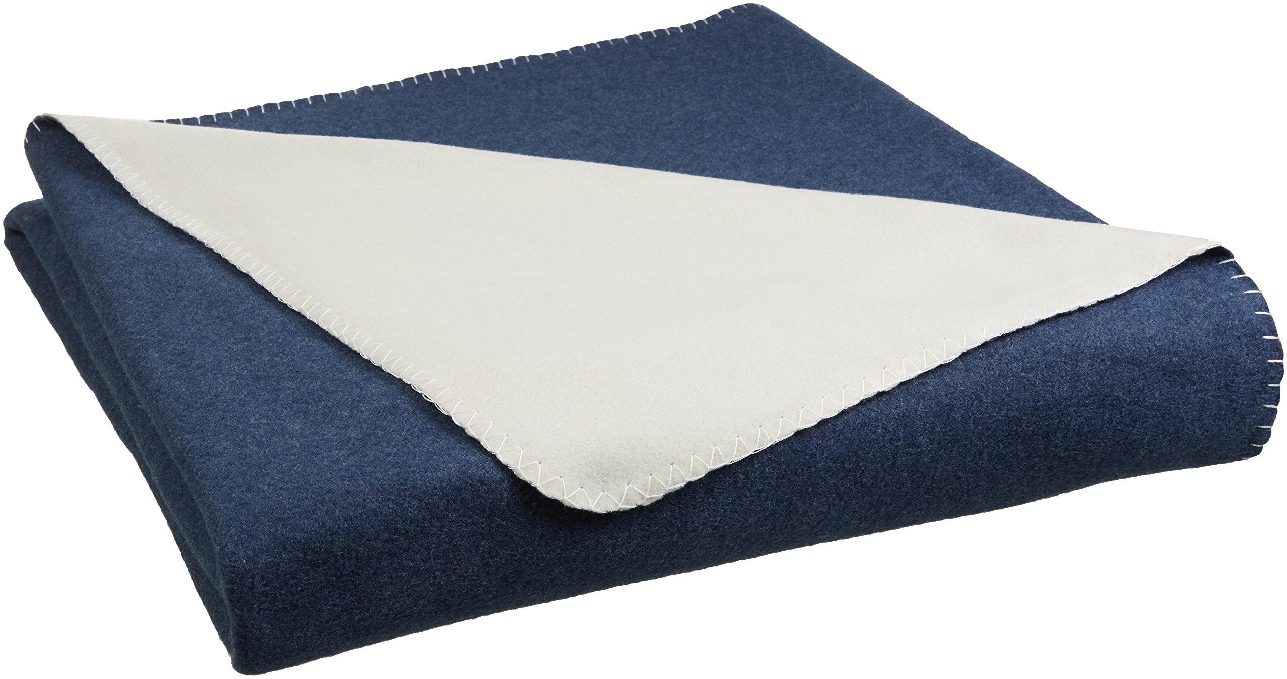 AmazonBasics Reversible Fleece Blanket - Full/Queen, Navy/Cream