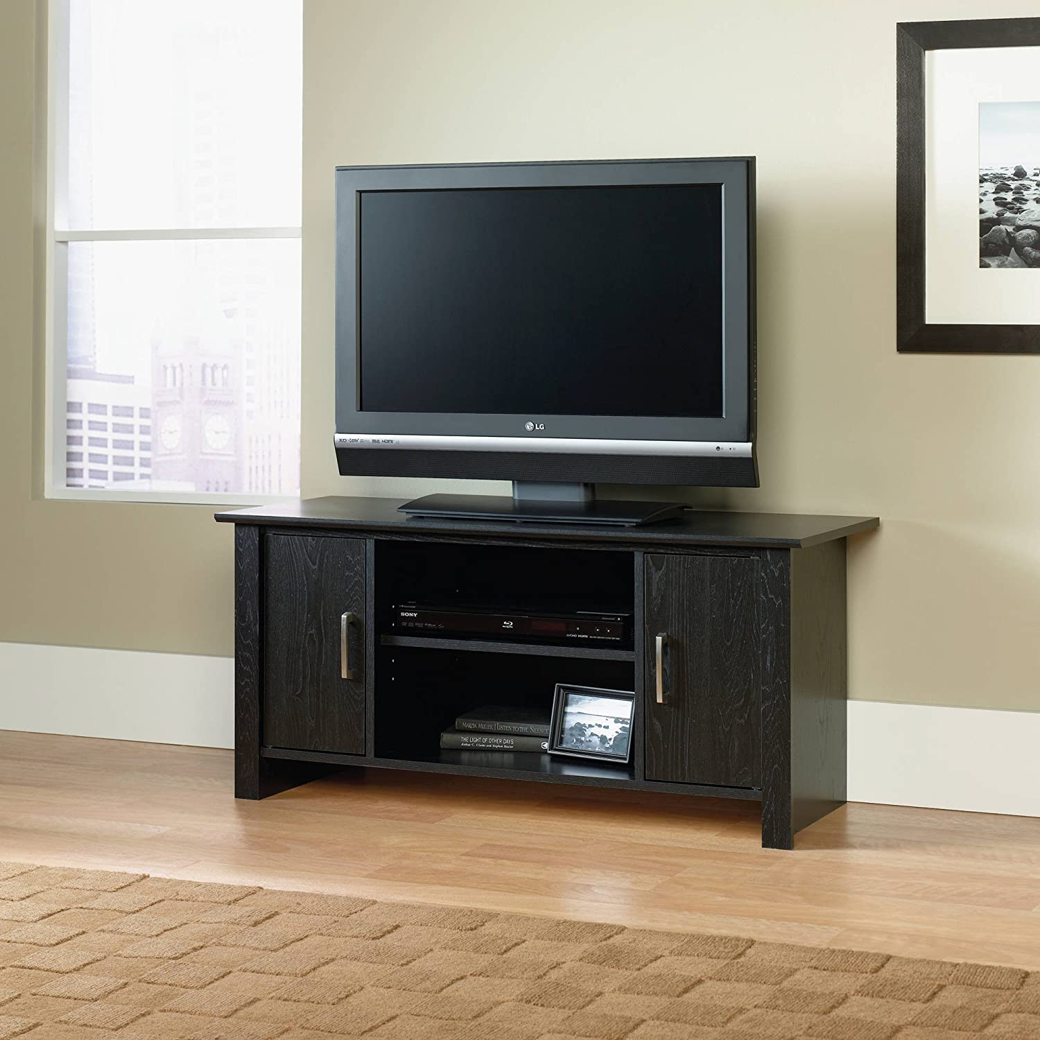 amazon com mainstays 411660 wood tv stand for flat screen tvs up to rh amazon com