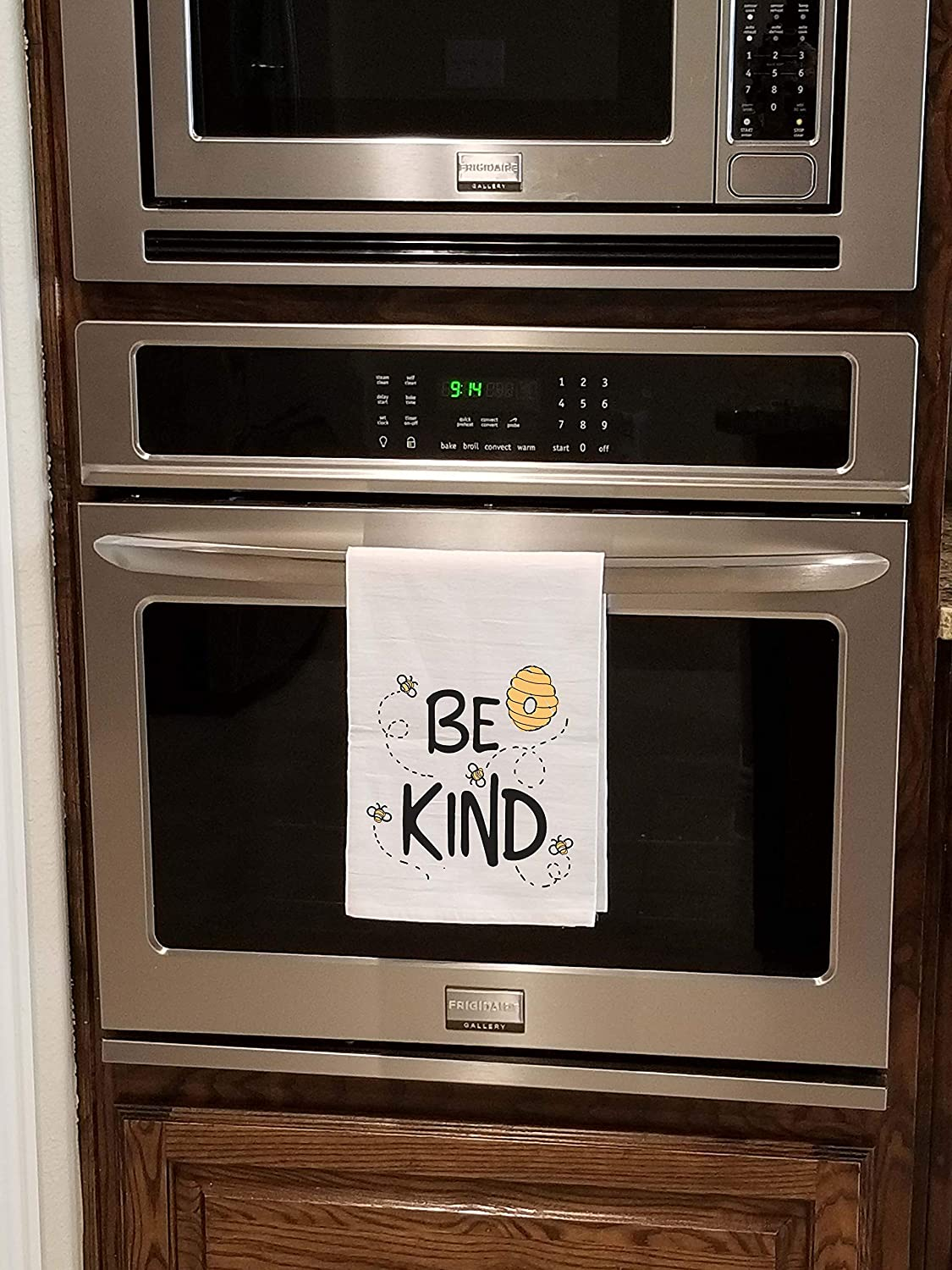 100/% Cotton Honey Dew Gifts Be Kind Flour Sack Towel 27 x 27 Inches Multi-Purpose Kitchen Dish Towel Highly Absorbent