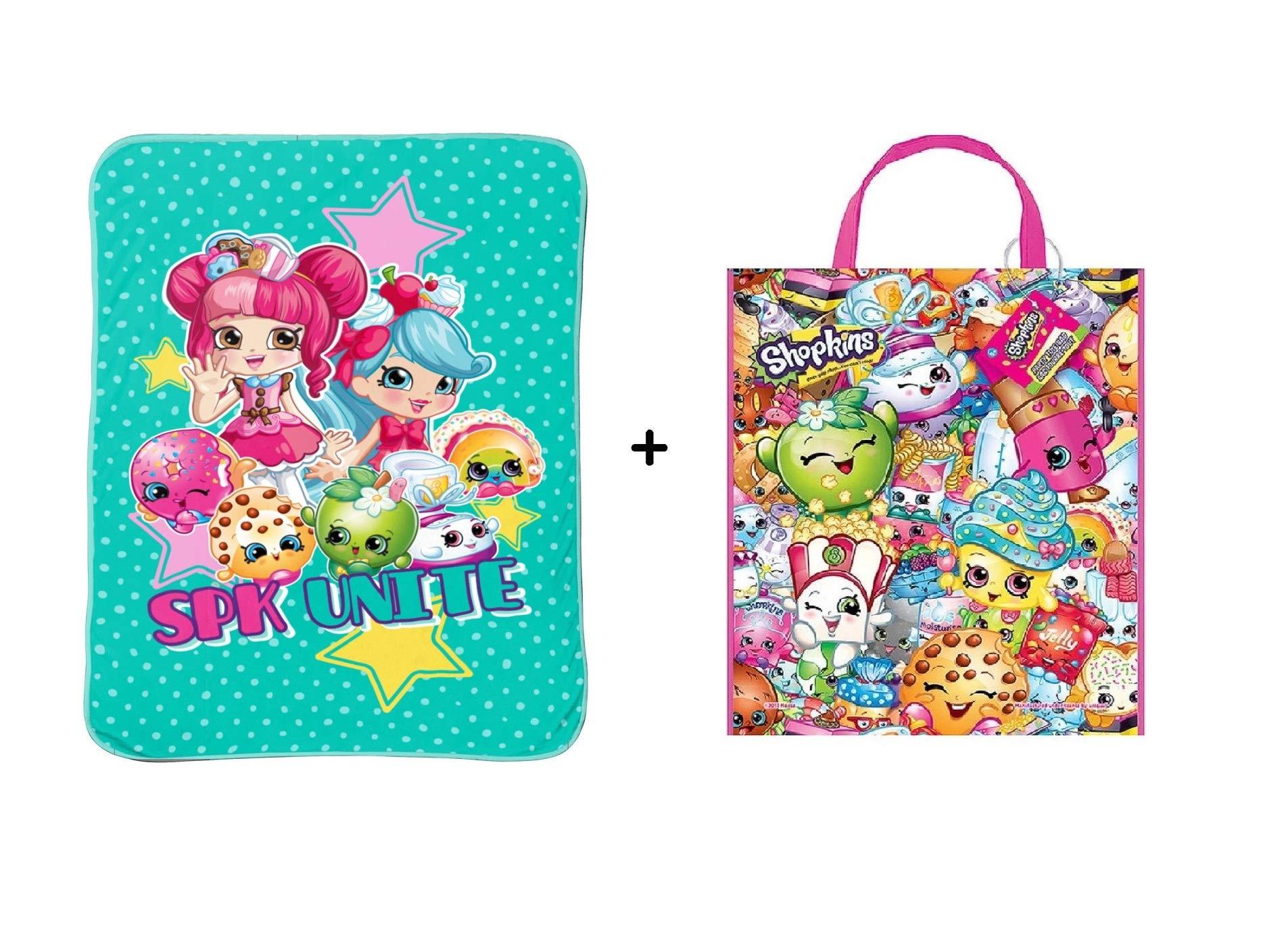 Shopkins Girls '' World Traveler '' Plush Blanket + Tote Bag • Gift Pack by Shopkins