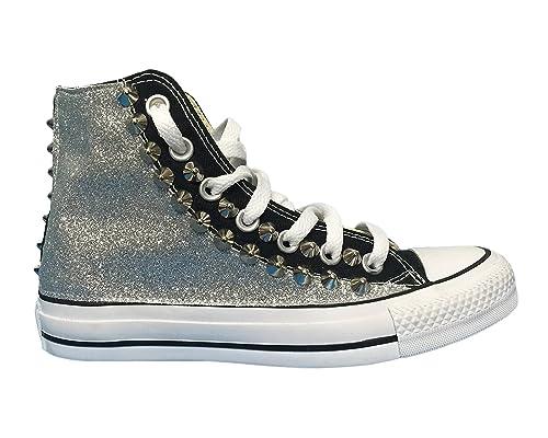 Converse all Star con Applicazione di Tessuto Glitter e Borchie Argento   Amazon.it  Scarpe e borse b84944e707a