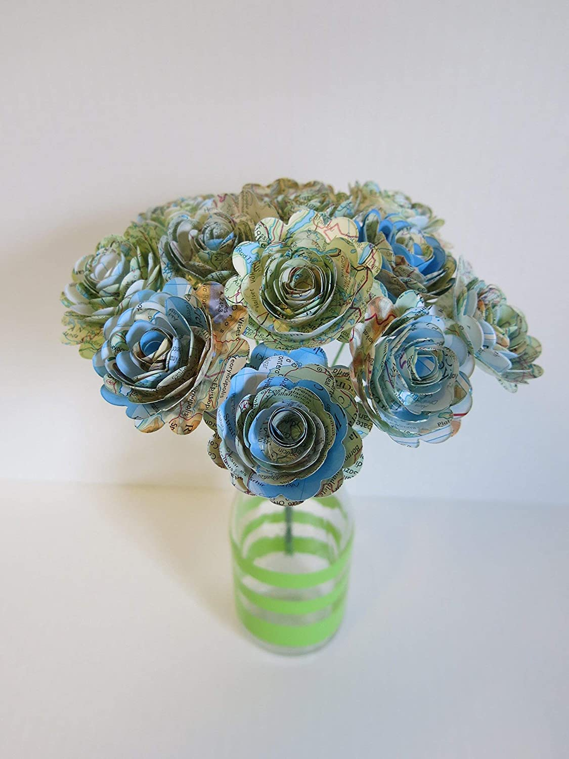 Scalloped World Atlas Roses 15 Paper Flowers On Stems One Dozen
