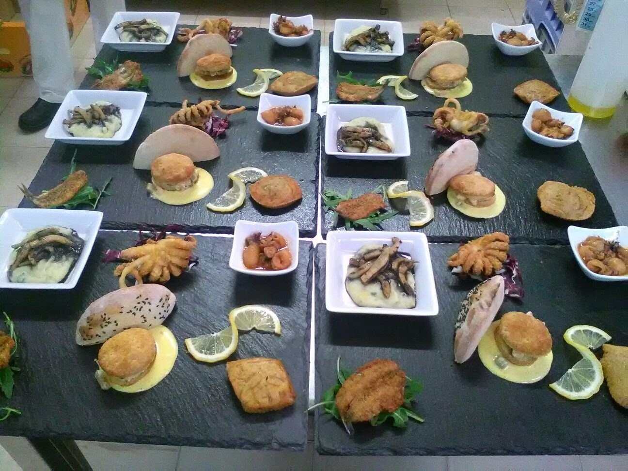 Tavolo Da Pranzo Dwg : Tavolo da pranzo dwg soggiorno dwg arredo cucina dwg studio roma