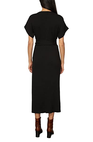 4ccedb46aba Amazon.com  Mara Hoffman Women s Joss Short Sleeve Wrap Midi Dress  Clothing