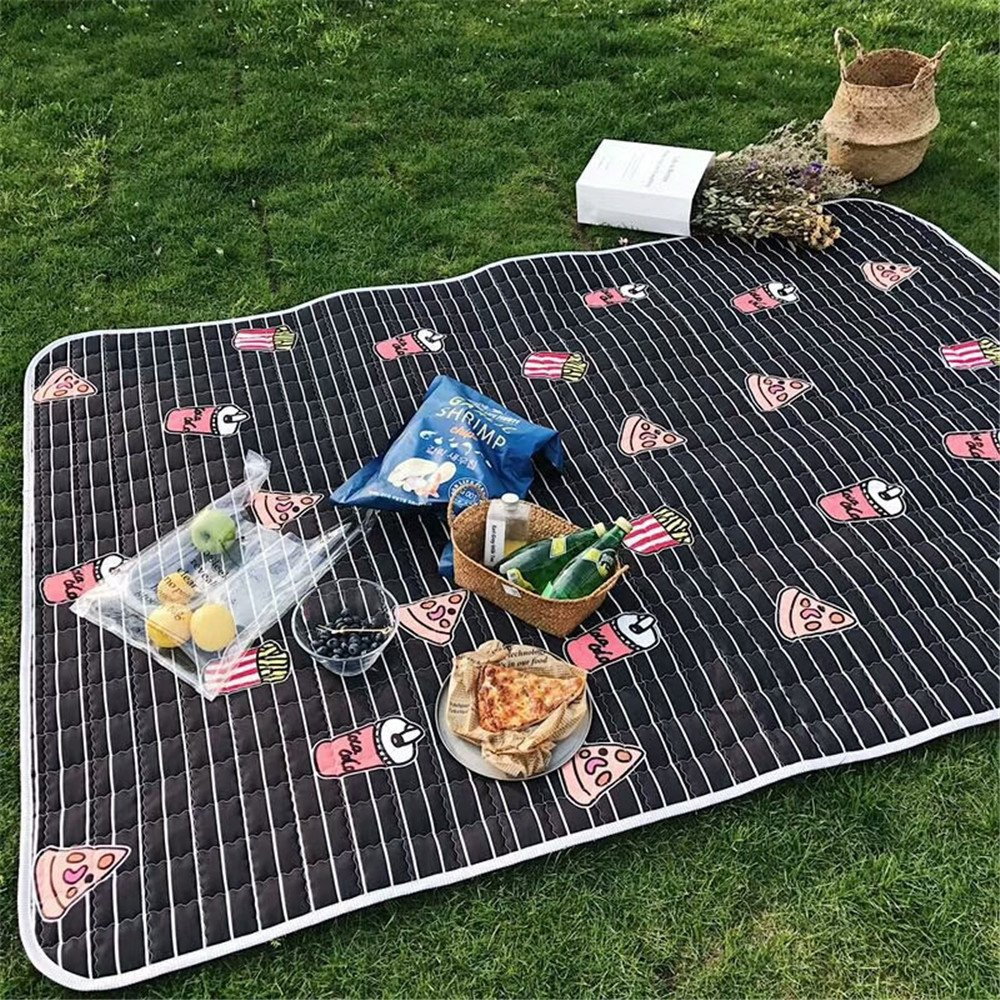 P  MONEYY The Picnic mat rouge and blanc format de plein air portable moisture pad tent picnic the picnic camping mats 300405cm