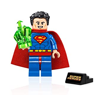 LEGO DC Super Heroes Minifigure - Superman (with Kryptonite and Display Stand) 76096