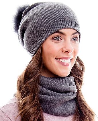 1a9f3beb830a6d Hilltop Winter Kombi Set aus Schal und passender Strickmütze. (Beanie mit  abnehmbarem Pompon)