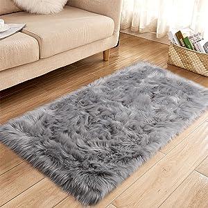 YJ.GWL Super Soft Faux Sheepskin Fur Area Rugs for Bedroom Floor Shaggy Plush Carpet Faux Fur Rug Bedside Rugs, 2.3 x 5 Feet Rectangle Grey