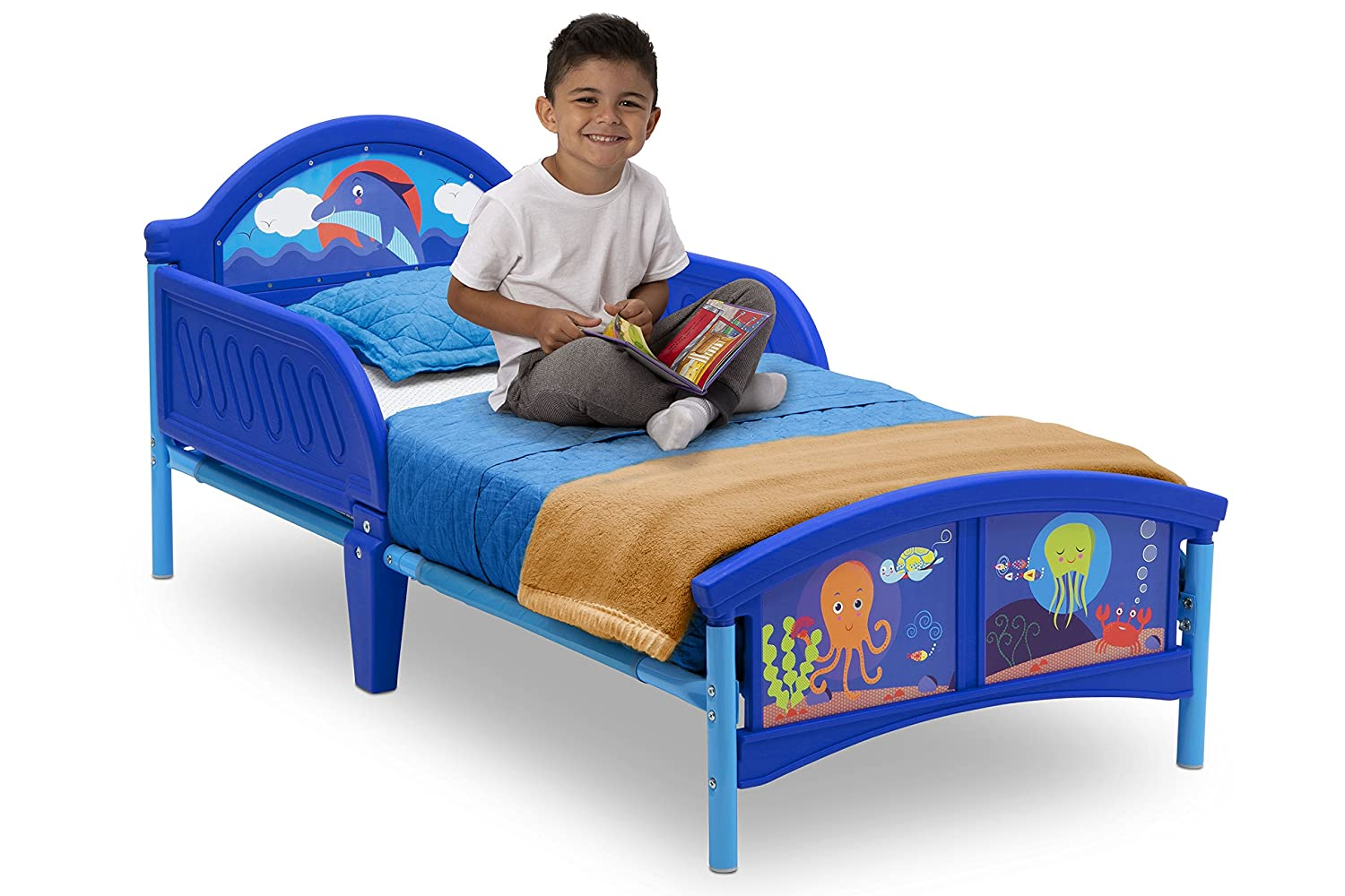 Delta Children Woodland Tails Toddler Bed with Bedguard